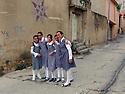 Iraq 2011 Schoolgirls in uniform in a street of Duhok  Irak 2013 Ecolieres en uniforme dans une rue de Duhok