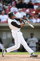 April 29, 2009: Franklin Hernandez (19) of the Kane County Cougars at Elfstrom Stadium in Geneva, IL.  Photo by: Chris Proctor/Four Seam Images