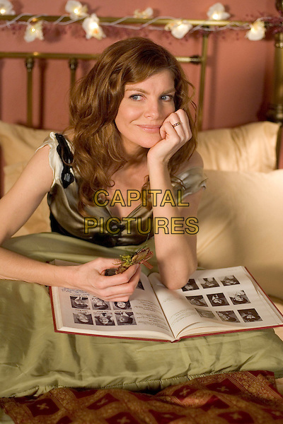 RENE RUSSO .in Yours, Mine and Ours .*Filmstill - Editorial Use Only*.CAP/AWFF.Supplied by Capital Pictures.