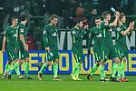 13.01.2018, Weser Stadion, Bremen, GER, 1.FBL, Werder Bremen vs TSG 1899 Hoffenheim, im Bild<br /> <br /> Dank an die Fan nach dem Unentschieden gegen Hoffenheim <br /> Foto &copy; nordphoto / Kokenge