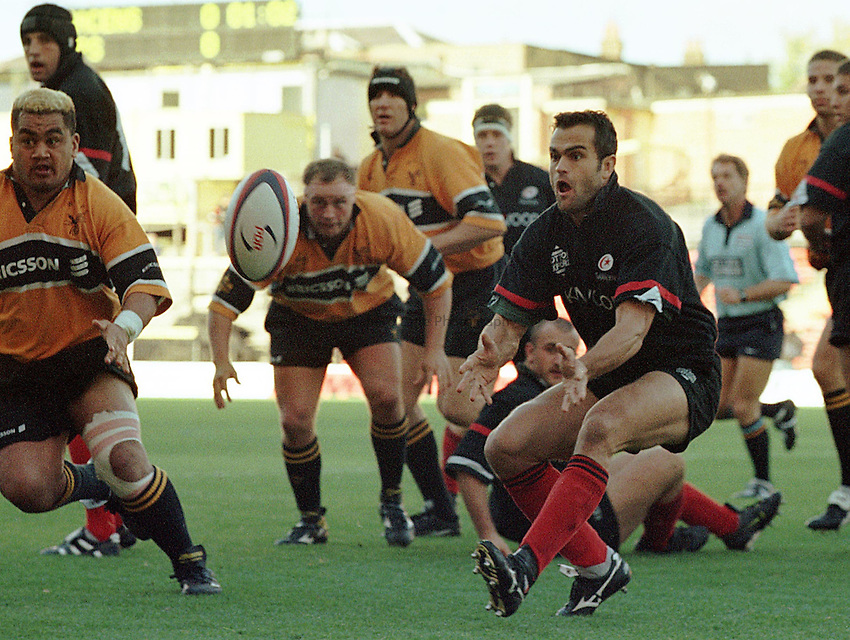 Photo: Ken Brown.25.10.98  Saracens v Wasps.Alain Penaud