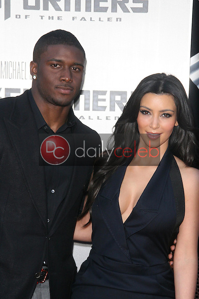 Kimberly Kardashian and Reggie Bush<br />at the Los Angeles Premiere of 'Transformers Revenge of the Fallen'. Mann Village Theatre, Westwood, CA. 06-22-09<br />Dave Edwards/DailyCeleb.com 818-249-4998