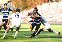 Niko Matawalu of Bath Rugby takes on the Harlequins defence. Aviva Premiership match, between Bath Rugby and Harlequins on October 31, 2015 at the Recreation Ground in Bath, England. Photo by: Robbie Stephenson / JMP for Onside Images