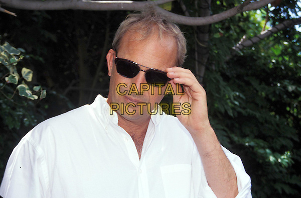 KEVIN COSTNER.Ref: AW.headshot, portrait, sunglasses, shades.www.capitalpictures.com.sales@capitalpictures.com.©Capital Pictures