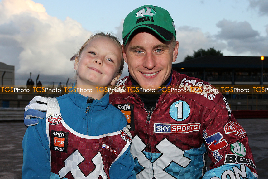 Lee Richardson with the Lakeside mascot - Lakeside Hammers vs Ipswich Witches - Sky Sports Elite League Speedway at Arena Essex Raceway, Purfleet - 28 /08/09 - MANDATORY CREDIT: Gavin Ellis/TGSPHOTO - Self billing applies where appropriate - Tel: 0845 094 6026