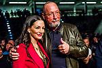 li: Dilek Arslan mit Uwe Hueck (Ex-Betriebsrat Porsche) / <br /> Firat Arslan (GER) vs. Kevin Lerena (ZAF) - Cruiserweight IBO World Title ; Boxen: ECB ECBOXING am 08.02.2020 in Goeppingen (EWS Arena), Baden-Wuerttemberg, Deutschland.<br /> <br /> Foto © PIX-Sportfotos *** Foto ist honorarpflichtig! *** Auf Anfrage in hoeherer Qualitaet/Aufloesung. Belegexemplar erbeten. Veroeffentlichung ausschliesslich fuer journalistisch-publizistische Zwecke. For editorial use only.