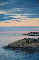 Horisont vid Arholma över Ålands hav Stockholms skärgård. / Horizon in the Stockholm archipelago in Sweden.