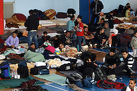 2014 11 28 Migrants from Syria and Afghanistan at Ierapetra basketball arena, Crete,Greece