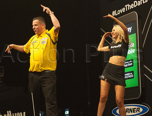 04.02.2016.  First Direct Arena, Leeds, England.  Betway Premier League Night One.  Dave Chisnall [ENG] interacts with the crowd during before his game with Robert Thornton [SCO].