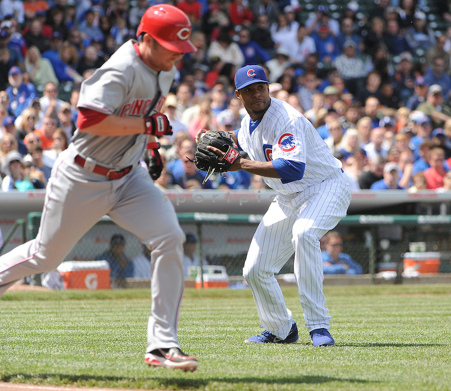 Chicago Cubs Edwin Jackson (36) during a game against the Cincinnati Reds on May 5, 2013 at Wrigley Field in Chicago, IL. The Reds beat the Cubs 7-4.