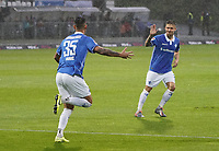 celebrate the goal, Torjubel zum 1:0 Dario Dumic (SV Darmstadt 98) - 04.10.2019: SV Darmstadt 98 vs. Karlsruher SC, Stadion am Boellenfalltor, 2. Bundesliga<br /> <br /> DISCLAIMER: <br /> DFL regulations prohibit any use of photographs as image sequences and/or quasi-video.