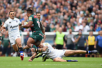Manu Tuilagi of Leicester Tigers is tackled by Matt Banahan of Bath Rugby. Aviva Premiership match, between Leicester Tigers and Bath Rugby on September 3, 2017 at Welford Road in Leicester, England. Photo by: Patrick Khachfe / Onside Images
