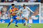 Mateo Kovacic (r) of Real Madrid fights for the ball with Carlos Soler Barragan of Valencia CF during their La Liga 2017-18 match between Real Madrid and Valencia CF at the Estadio Santiago Bernabeu on 27 August 2017 in Madrid, Spain. Photo by Diego Gonzalez / Power Sport Images