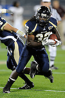 22 November 2008:  FIU running back Julian Reams (32) carries the ball in the ULM 31-27 victory over FIU at FIU Stadium in Miami, Florida.
