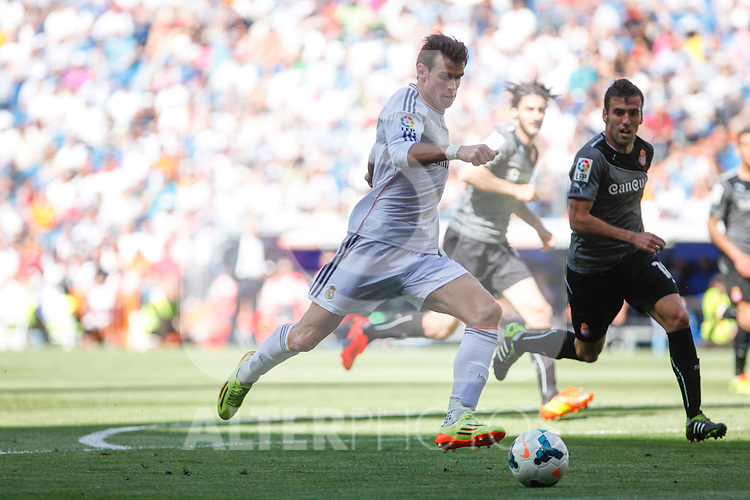 Real Madrid´s Gareth Bale during 2013-14 La Liga match at Santiago Bernabeu stadium in Madrid, Spain. May 17, 2014. (ALTERPHOTOS/Victor Blanco)