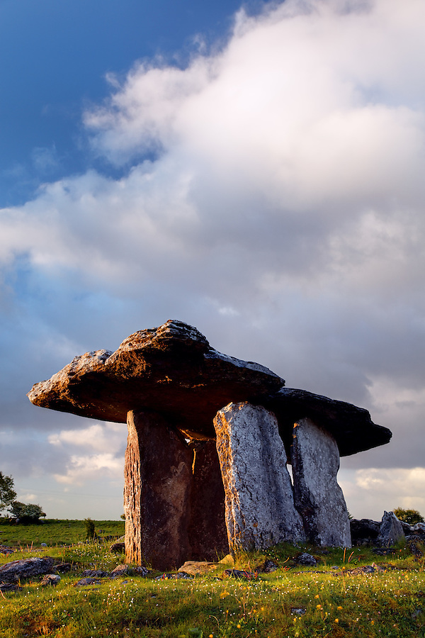 Poulnabrone dolmen, The Burren, County Clare, Republic of Ireland