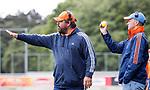 DEN HAAG - Bondscoach Max Caldas  tijdens de trainingswedstrijd hockey Nederland-Argentinie (1-2). rechts assistent Taco vd Honert.  COPYRIGHT KOEN SUYK