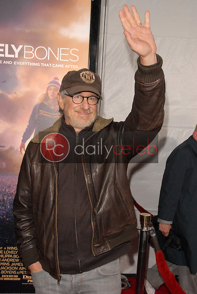 """Steven Spielberg<br /> at the Los Angeles Premiere of """"The Lovely Bones,"""" Chinese Theater, Hollywood, CA. 12-07-09<br /> David Edwards/Dailyceleb.com 818-249-4998"""