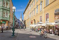Austria, Upper Austria, Salzkammergut, Bad Ischl: town centre | Oesterreich, Oberoesterreich, Salzkammergut, Bad Ischl: Schroepferplatz und Esplanade im Stadtzentrum