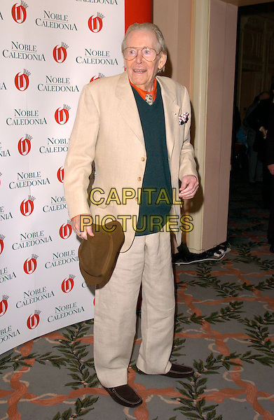 "PETER O'TOOLE.At  Oldie Magazine's ""Oldie Of The Year"" Awards,.Simpson In The Strand, .London, England, March 13th 2007..full length hat cream suit.CAP/CAN.©Can Nguyen/Capital Pictures"