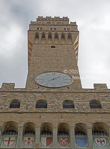 The iconic clock tower of the Palazzo Vecchio seen from the Piazza della Signoria in Florence, Italy on Tuesday, October 22, 2013. <br /> Credit: Ron Sachs / CNP