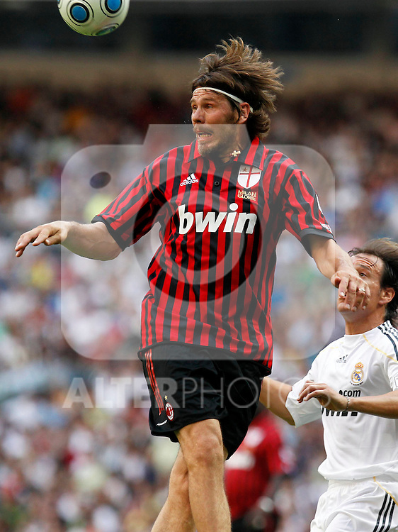 Madrid (30/05/10).- Estadio Santiago Bernabeu..Corazon Classic Match 2010.Real Madrid Veteranos 4- Milan Glorie 3.Zvonimir Boban...Photo: Alex Cid-Fuentes/ ALFAQUI.