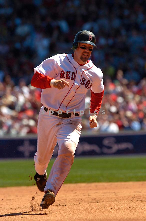 Bill Mueller during the Boston Red Sox v. Toronto Blue Jays game on April 18, 2005...Blue Jays win 7-12..David Durochik / SportPics