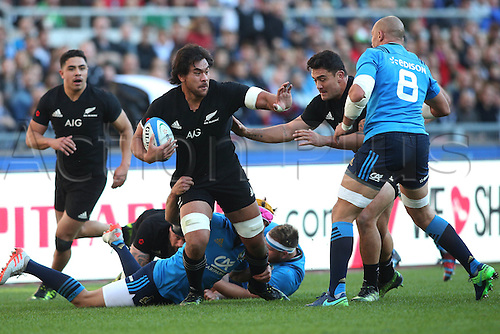 12.11.2016. Stadio Olimpico, Rome, Italy. Test match rugby 2016 Italy versus New Zealand.  Steven Luatua in action during the match.