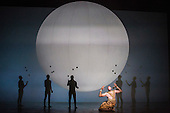 London, UK. 2 March 2016. Pictured: Zachary James as Scribe with Gandini Juggling.  English National Opera (ENO) dress rehearsal of the Philip Glass opera Akhnaten at the London Coliseum. 7 performances from 4  to 18 March 2016. Directed by Phelim McDermott with Anthony Roth Costanzo as Akhnaten, Emma Carrington as Nefertiti, Rebecca Bottone as Queen Tye, James Cleverton as Horemhab, Clive Bayley as Aye, Colin Judson as High Priest of Amon and Zachary James as Scribe. Skills performances by Gandini Juggling.