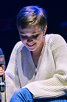 """NEW YORK - OCTOBER 5: Cailee Spaeny attends the panel for FX's """"DEVS"""" during the 2019 NY Comic-Con at Hammerstein Ballroom on October 5, 2019 in New York City. (Photo by Anthony Behar/FX/PictureGroup)"""