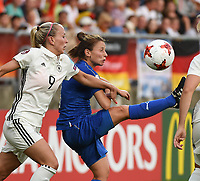20170721 - TILBURG , NETHERLANDS : German Mandy Islacker (L) and Italian Daniela Stracchi (R)  pictured during the female soccer game between Germany and Italy  , the second game in group B at the Women's Euro 2017 , European Championship in The Netherlands 2017 , Friday 21 th June 2017 at Stadion Koning Willem II  in Tilburg , The Netherlands PHOTO SPORTPIX.BE | DIRK VUYLSTEKE