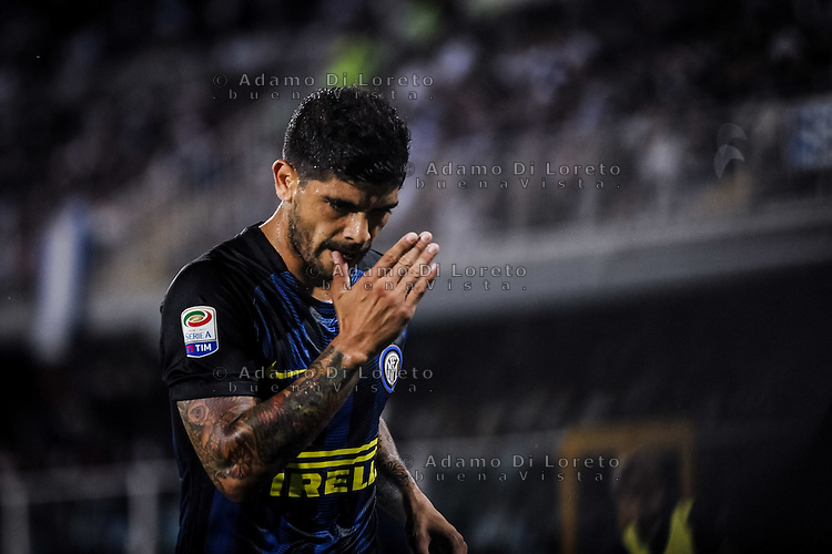 Ever Banega (Inter) during the Italian Serie A football match Pescara vs SSC Inter on September 11, 2016, in Pescara, Italy. Photo by Adamo DI LORETO