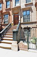 Entrance to 523 Manhattan Avenue