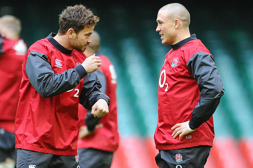 Englands&rsquo; Danny Cipriani and Mike Brown chat during todays training session in Cardiff<br /> <br /> Photographer Craig Thomas/CameraSport<br /> <br /> Rugby Union - 6 nations - England squad training - Thursday 5th Feburary - Millennium Stadium - Cardiff<br /> <br /> &copy; CameraSport - 43 Linden Ave. Countesthorpe. Leicester. England. LE8 5PG - Tel: +44 (0) 116 277 4147 - admin@camerasport.com - www.camerasport.com