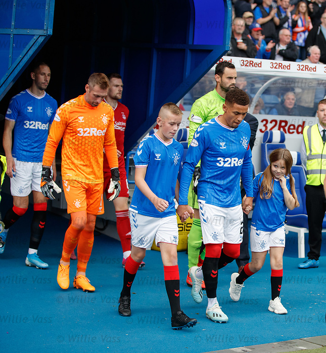 28.09.2018 Rangers v Aberdeen: James Tavernier leads out the Rangers team