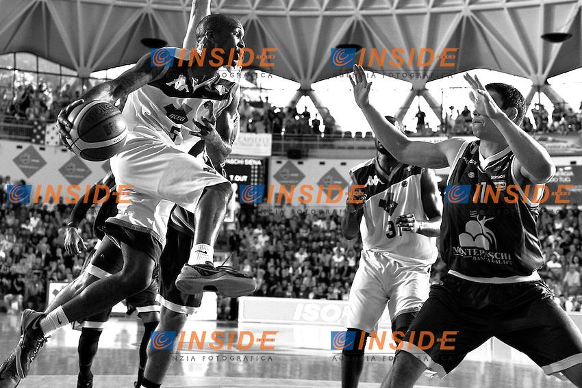 Phil Goss Roma<br /> 11/06/2013 Roma, Palatiziano<br /> Play Off Basket, finali gara 1.<br /> Acea Virtus Roma vs Montepaschi Siena<br /> Foto Antonietta Baldassarre / Insidefoto