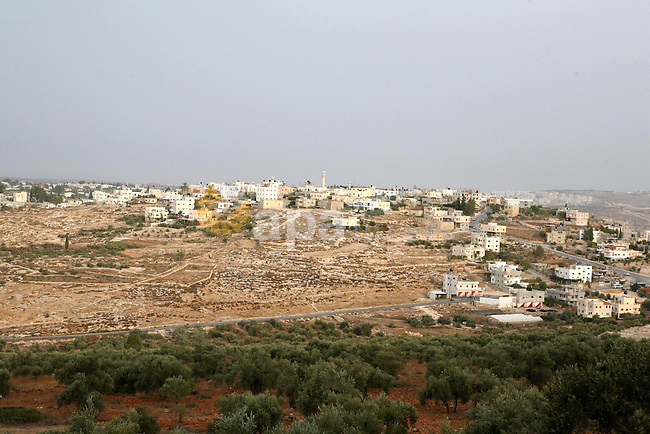General view to the West Bank village of Beit Aur Al-Tahta, west Ramallah on Oct. 19, 2010. Photo by Eyad Jadallah