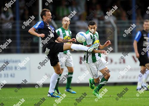 2011-08-17 / Voetbal / seizoen 2011-2012 / Rupel-Boom - Racing Mechelen / Davy de Smedt (L, RB) met Rachid Hmouda..Foto: mpics