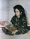 Iran 1946?<br /> Douria Aref, wife of Abdul Wahab Agha Rowanduzi with her baby Halgurt<br /> Iran 1946?<br /> Douria Aref, femme de Abdul Wahab Agha Rowanduzi avec son b&eacute;b&eacute; Halgurt