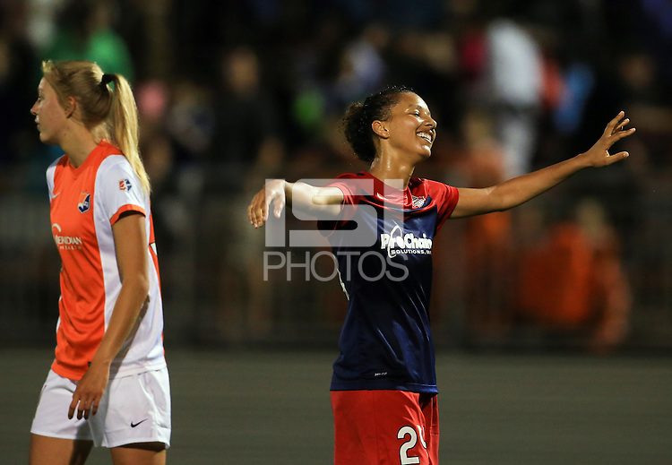 Boyds, MD. - Saturday, May 16, 2015: The Washington Spirit defeated Sky Blue FC 1-0 on a goal in overtime in a NWSL match at Maryland Soccerplex.