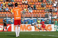 SAO PAULO, SP 28 SETEMBRO 2013 - PALMEIRAS X AMERICA NATAL - O jogador Vinicius, durante lance. O palmeiras enfrenta o América de Natal, na tarde de hoje, 28, no Estádio do Pacaembu. foto: Paulo Fischer/Brazil Photo Press.