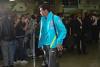 RIO DE JANEIRO, RJ, 16 JULHO 2012 - EMBARQUE SELECAO BRASILEIRA OLIMPICA - Paulo  Henrique Ganso da Selecao Brasileira Olimpica de Futebol, durante embarque para Londres, onde disputara as olimpiadas, no Galeao, Aeroporto Internacional do Rio de Janeiro, na Ilha do Governador no Rio de Janeiro, nesta segunda-feira, 16. (FOTO: MARCELO FONSECA / BRAZIL PHOTO PRESS).