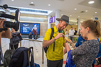 Welcome home / Simon Patmore and Anne Williams<br /> PyeongChang 2018 Paralympic Games<br /> Australian Paralympic Committee<br /> Sydney International Airport<br /> PyeongChang South Korea<br /> Tuesday March 20th 2018<br /> &copy; Sport the library / Jeff Crow