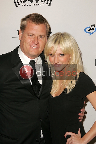 Joe Simpson and Ashlee Simpson<br />at Clive Davis's Annual Pre Grammy Extravaganza. the Beverly Hilton, Beverly Hills, CA. 02-07-06<br />Dave Edwards/DailyCeleb.com 818-249-4998