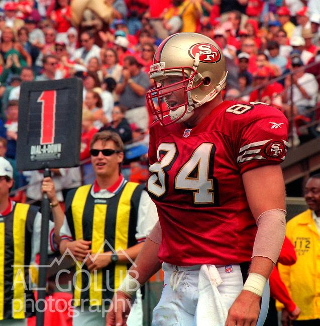 San Francisco 49ers vs. New Orleans Saints at Candlestick Park Sunday, September 14, 1997.  49ers beat Saints  33-7.  San Francisco 49ers tight end Brent Jones (84).