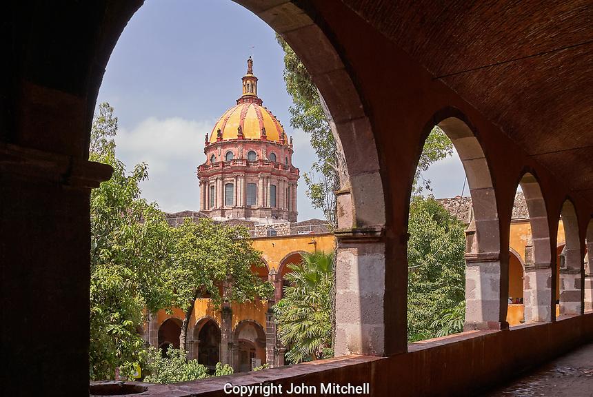 Dome of Templo de la Concepcion church from  the Escuela de Bellas Artes or El Nigromante in San Miguel de Allende, Mexico. San Miguel de Allende is a UNESCO World Heritage Site.