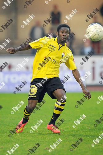 2014-09-06 / Voetbal / seizoen 2014-2015 / KV Turnhout - Berchem Sport / Noel Nyason<br /><br />Foto: Mpics.be