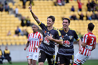 Nathan Burns in action during the A League - Wellington Phoenix v Melbourne City at Westpac Stadium, Wellington, New Zealand on Sunday 30 November 2014.
