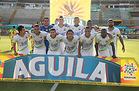 NEIVA - COLOMBIA, 17-10-2018: Jugadores de Atletico Bucaramanga posan para una foto previo al partido entre Atlético Huila y Atletico Bucaramanga por la fecha 15 de la Liga Águila II 2018 jugado en el estadio Guillermo Plazas Alcid de la ciudad de Neiva. / Players of Atletico Bucaramanga pose to a photo prior the match between Atletico Huila and Atletico Bucaramanga for the date 15 of the Aguila League II 2018 played at Guillermo Plazas Alcid in Neiva city. VizzorImage / Sergio Reyes / Cont