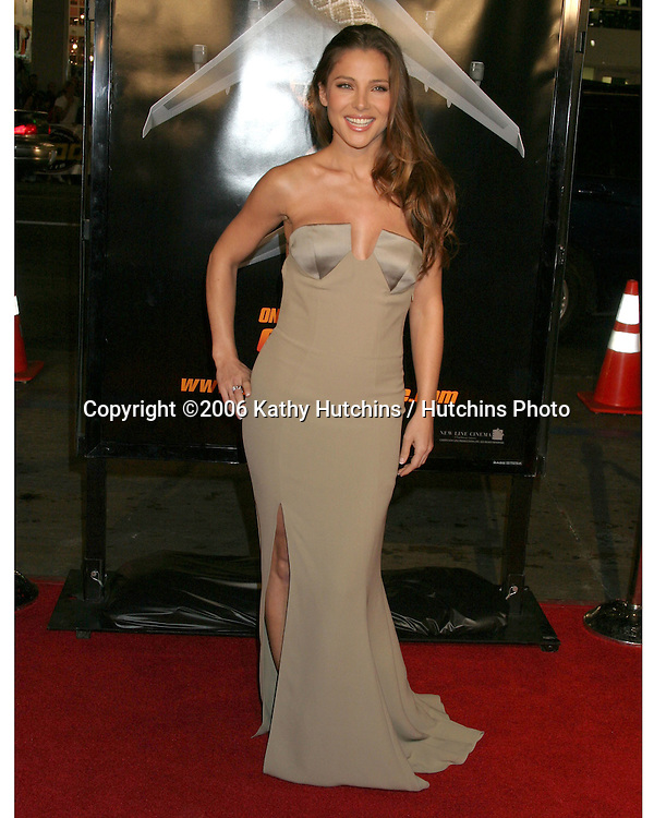 "Elsa Pataky.""Snakes on a Plane"" Premiere.Grauman's Chinese Theater. Hollywood, CA.August 17, 2006.©2006 Kathy Hutchins / Hutchins Photo.."